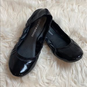 """Lucky Brand • """"Emmie"""" Ballet Flats in Black Patent"""